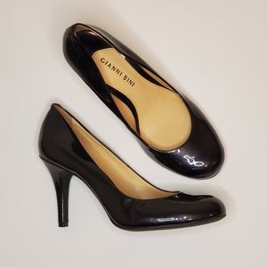 Gianni Bini black patent pumps size 7.5, like new